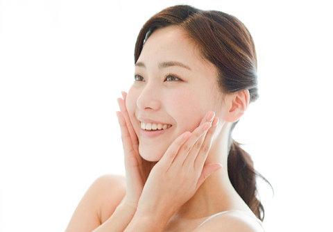 セロトニンを増やすと美肌効果も期待できる!