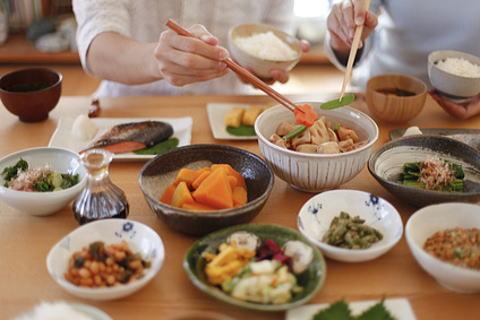 貧血に効く食べ物と貧血に悪い食べ物があります。