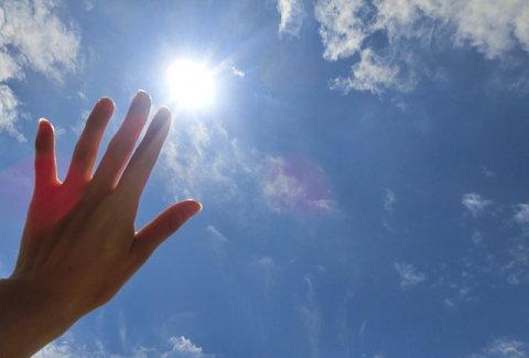 メラニン色素を増やしたくないなら日焼け対策は必須!