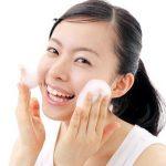 顔のくすみを取る方法~くすみ取り洗顔に効果的な洗顔石鹸とは?