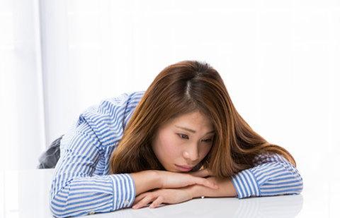 その疲れや気持ちの落ち込みは隠れ貧血の症状かも・・・。