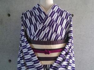 矢絣の着物風浴衣