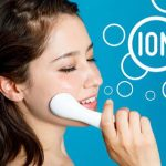 イオン導入Q&A~自宅ケアと美容皮膚科でやり方や効果は違うの?