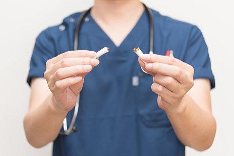 禁煙をすすめる医師