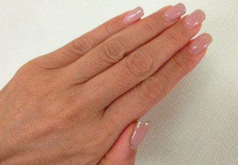 ネイルサロンで綺麗になった爪