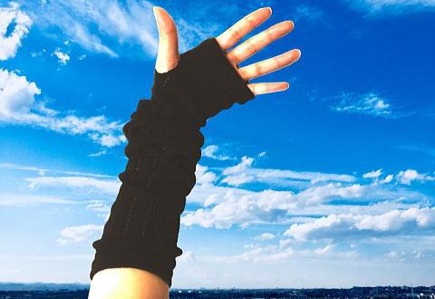 アームカバーで手の甲の紫外線対策